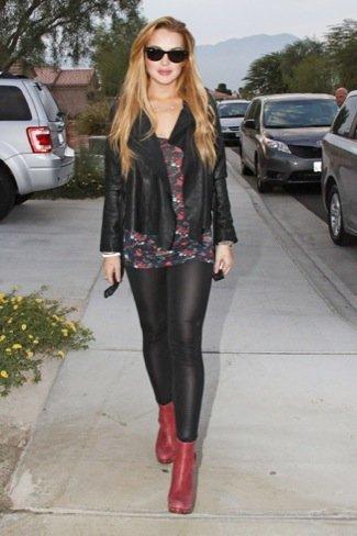 Lindsay Lohan cuero