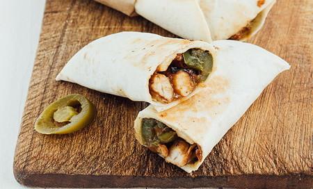 Burritos De Pollo Con Queso Receta De Cocina Fácil Sencilla Y Deliciosa