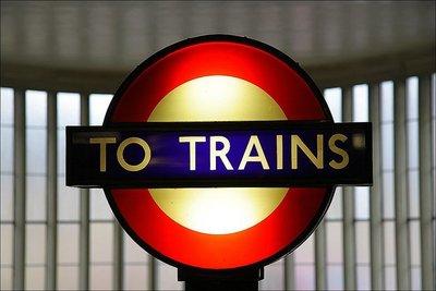 Londres: las estaciones fantasma del metro podrían convertirse en pubs