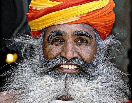 Por qué lo llaman labio superior cuando quieren decir... ¡bigote!