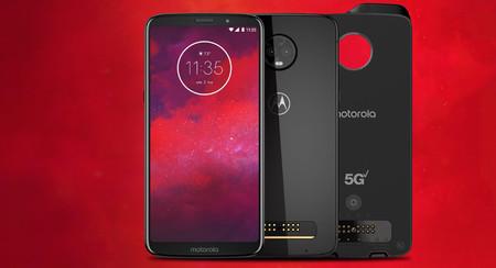 Motorola Moto Z3 en cinco claves: el 'primer móvil 5G' tiene truco