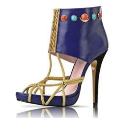 Foto 4 de 5 de la galería zapatos-pret-a-porter-de-inspiracion-egipcia-por-patricia-rosales en Trendencias