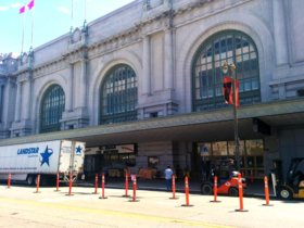 El gran auditorio del Centro Cívico Bill Graham podría ser la sede de la próxima keynote