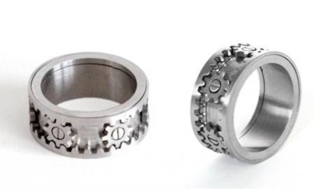 San Valentín: Kinekt Design lanza un anillo engranaje... ¡adictivo!