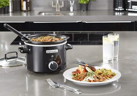 Chollazo en MediaMarkt en la olla de cocción lenta Crock-Pot CSC046X: está rebajada a 21,99 euros con envío gratis