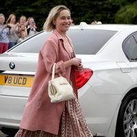 El look de Emilia Clarke (y del resto de invitados) en la boda de Kit Harington y Rose Leslie
