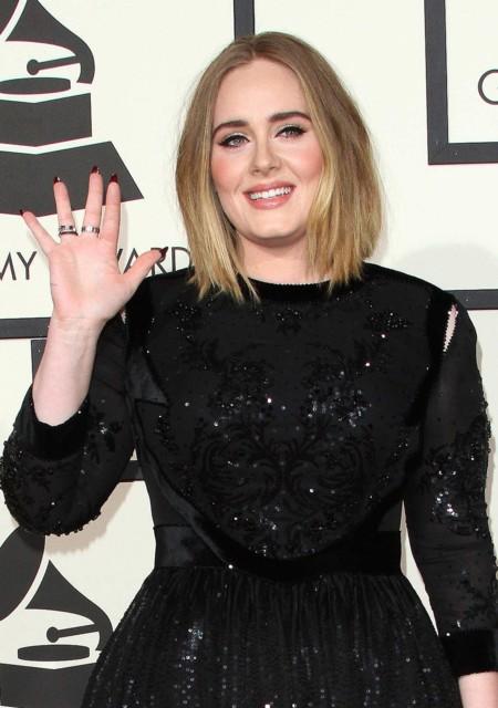 ¡Alerta, Adele! Te ha salido una doble