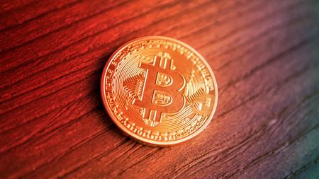 Bitcoin, por debajo de los 5.000 dólares en una montaña rusa que sigue cayendo en picado