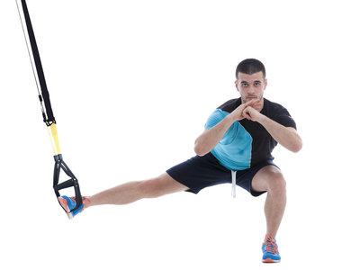 Tres rutinas con TRX para trabajar tu cuerpo donde quiera que te encuentres