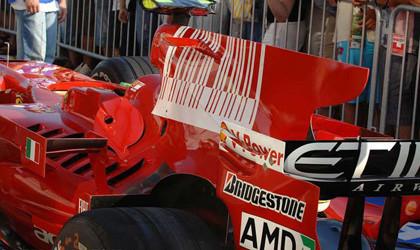Los Ferrari toman la iniciativa en Hungría