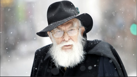 [Vídeo] Sinvergüenzas tratando de demostrar que tienen poderes frente a James Randi