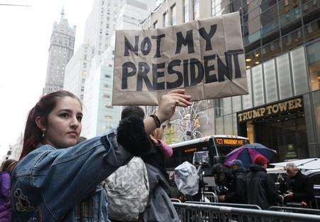 mujeres politica trump