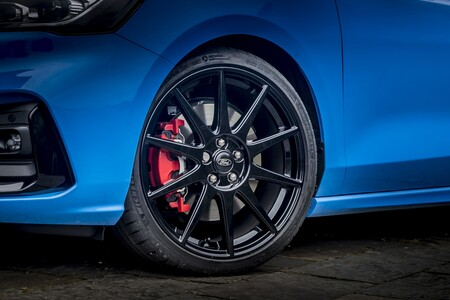 Ford Focus St Edition 2022 001