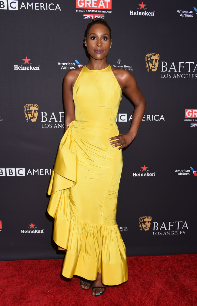 tea party bafta alfombra roja Issa Rae