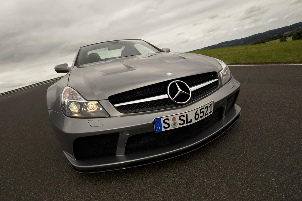 Foto de Mercedes-Benz SL 65 AMG Black Series (4/44)
