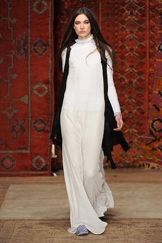 Erin Wasson x RVCA, Otoño-Invierno 2010/2011 en la Semana de la Moda de Nueva York, look