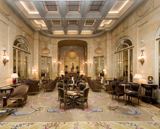 El Ritz de Madrid saca a subasta 4.000 objetos llenos de historia