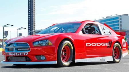 Dodge no descarta volver a la NASCAR en 2014