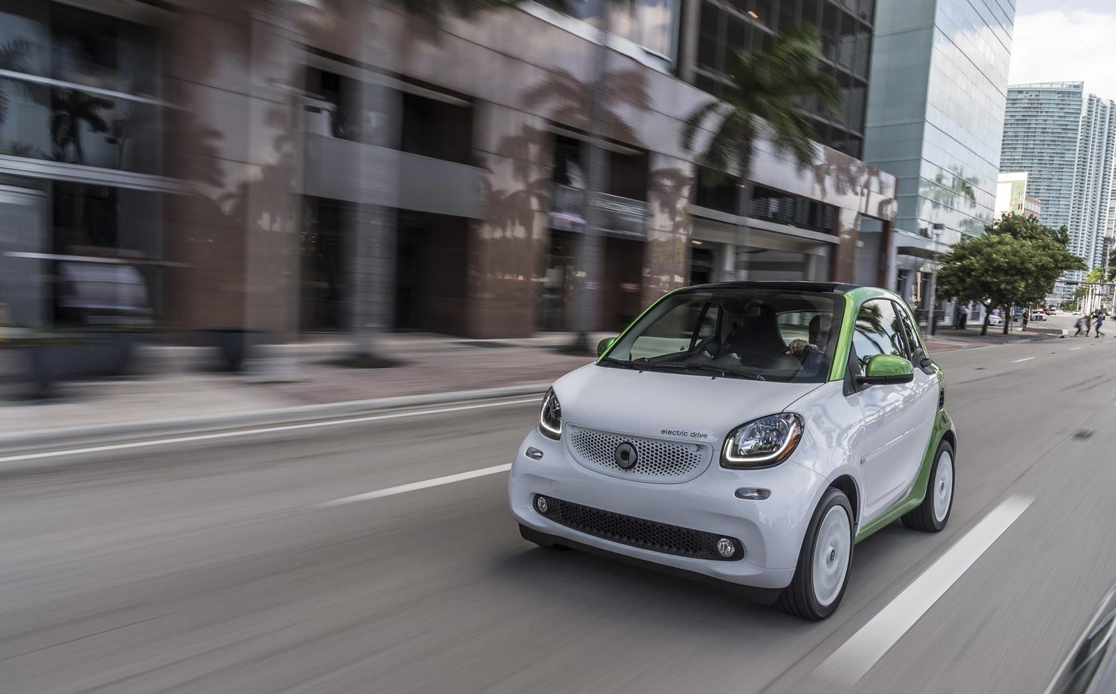 Foto de smart fortwo Electric Drive, toma de contacto (79/313)