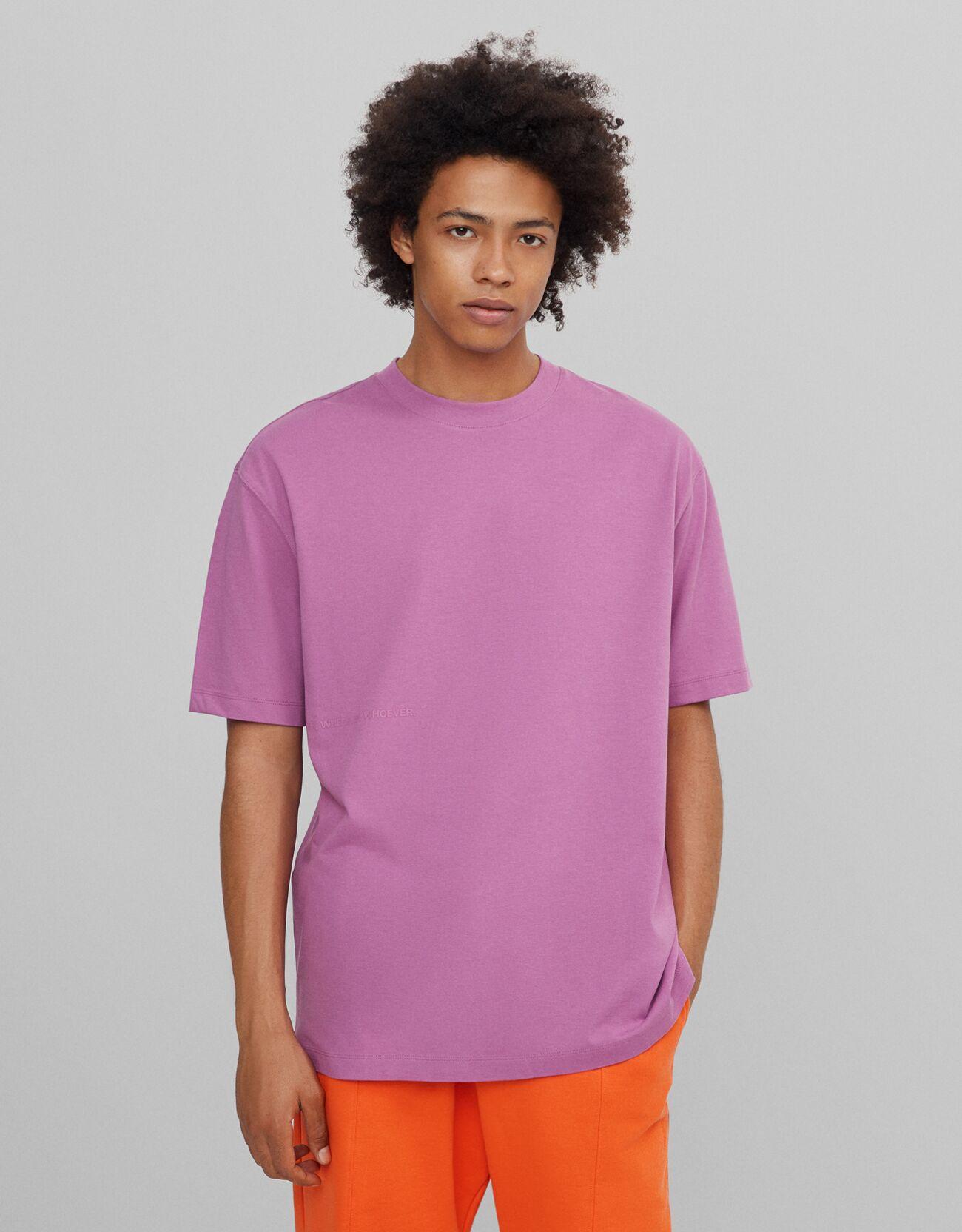 Camiseta básica en color rosa