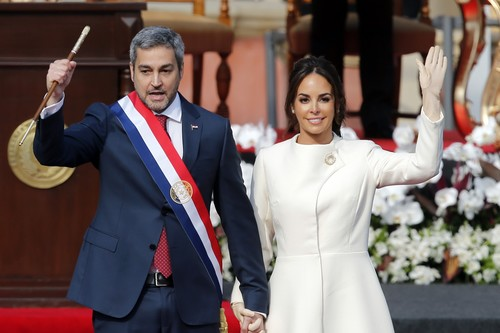 Silvana López brilla como nueva Primera Dama de Paraguay. Doña Letizia, Melania, tenéis nueva rival de estilo