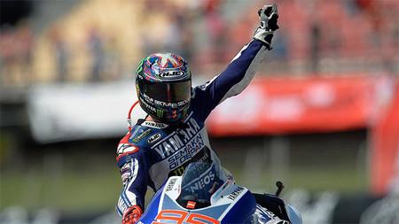 MotoGP Holanda 2013: Jorge Lorenzo se fractura la clavícula izquierda