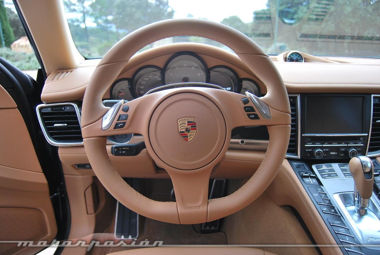 Foto de Porsche Panamera 2014 (presentación) (28/38)