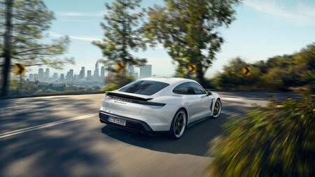 Porsche Taycan 1