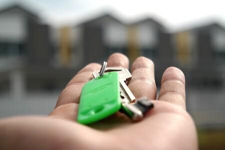 En España hay tres mercados diferentes de vivienda: uno cae pero los otros dos están subiendo y mucho de precio