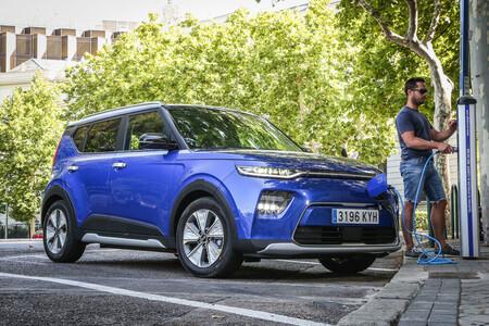 Sin rastro del plan MOVES III: ninguna Comunidad Autónoma ha activado las ayudas a la compra de coches eléctricos