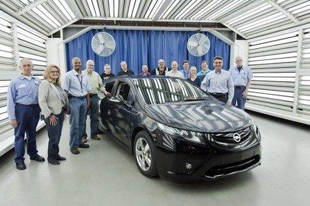 Primer Opel Ampera