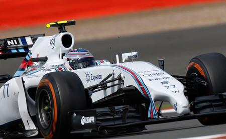 Valtteri Bottas realiza una remontada espectacular y vuelve a subirse al podio
