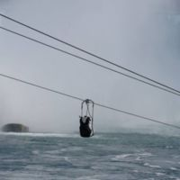 Ésta es la forma más emocionante de visitar las cataratas del Niágara: con una tirolina