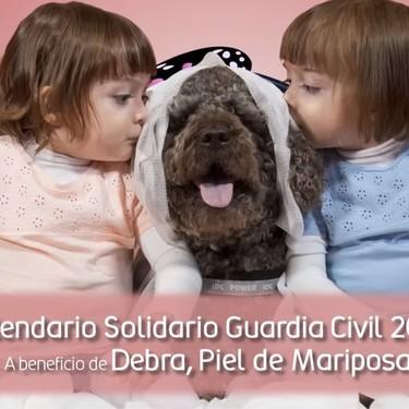 La Guardia Civil presenta su calendario solidario a favor de la piel de mariposa, una enfermedad que necesita visibilidad y apoyo