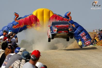 Sébastien Loeb líder tras los problemas de Sordo