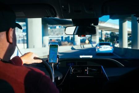Uber no encuentra conductores. Cada vez menos quieren trabajar bajo sus condiciones laborales