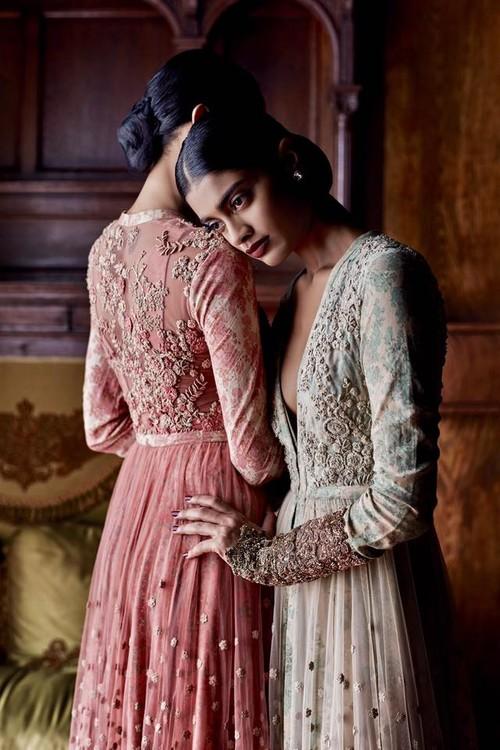 Ni mexicana ni inglesa, ésta es la verdadera moda hindú que debió lucir Kate Middleton durante su viaje a la India