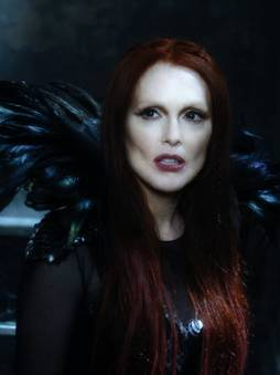 Julianne Moore en El Aprendiz del Espectro (Seventh Son)