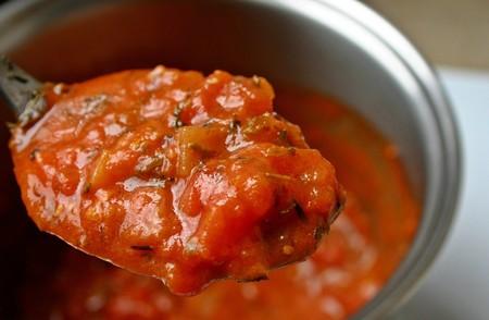 Así puedes quitarle la acidez a tus salsas, para adaptarlas mejor a tus recetas