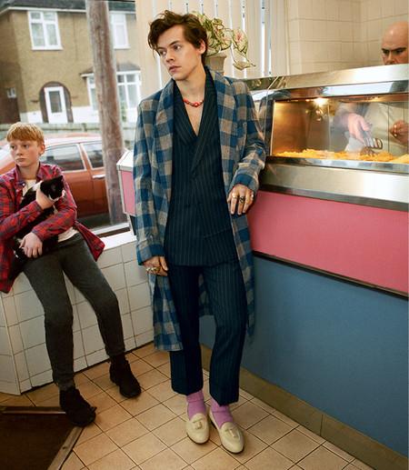 Harry Styles Para La Campana Men S Tailoring Otono Invierno 18 3
