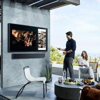 Samsung Terrace, una TV 4K QLED con 2.000 nits de brillo y resistencia IP55 pensada especialmente para exteriores