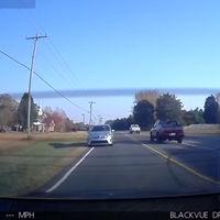Aceleración salvaje del Tesla Model S P85D: 1 - Empotramiento con un Toyota Prius de un despistado: 0