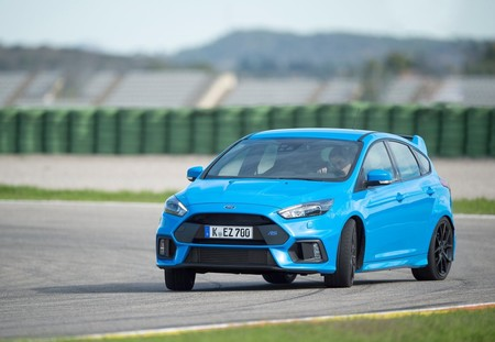 Ford Focus Rs 2016 1600 37