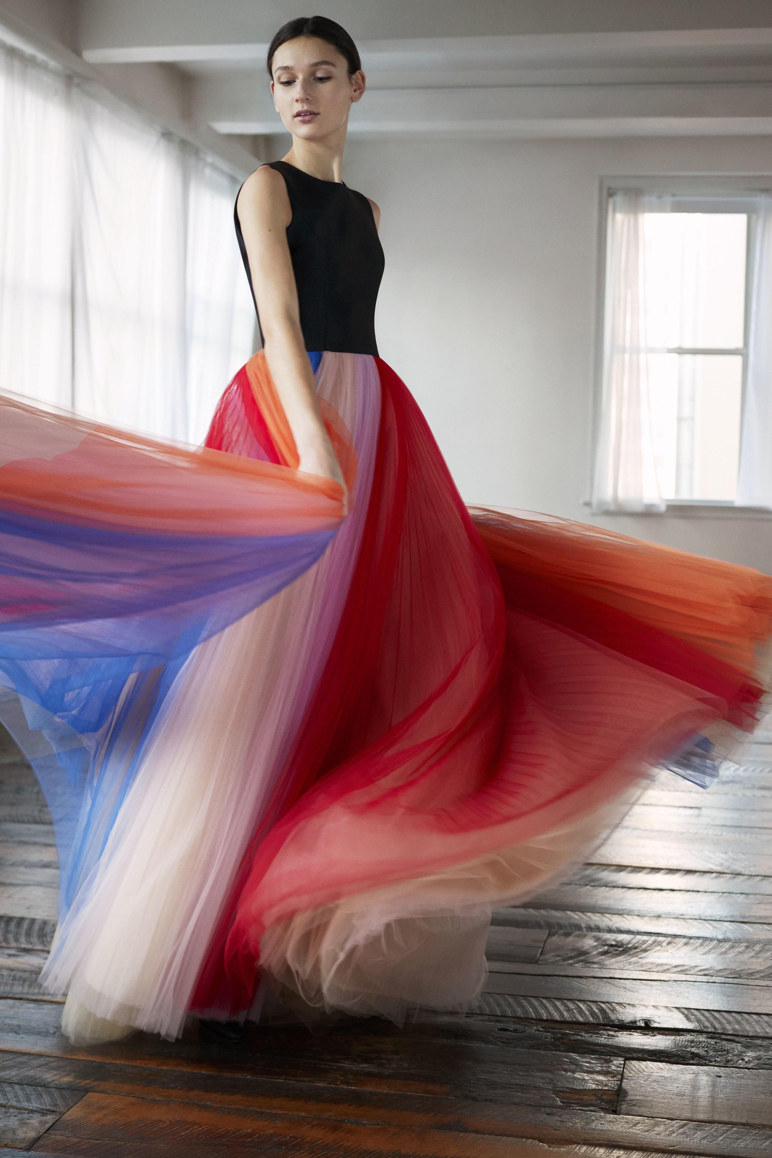 Foto de Carolina Herrera NY Pre Fall 2018: una maravillosa colección de Alta Costura (33/33)