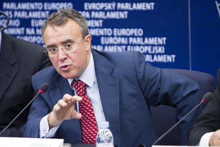 Un eurodiputado del PP lamenta la derrota del ACTA y anticipa el éxito del Partido Pirata