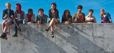 El final de 'Skins' será de tres episodios dobles con las anteriores generaciones como protagonistas