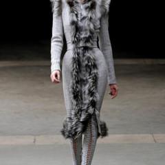 Foto 21 de 27 de la galería alexander-mcqueen-otono-invierno-20112012-en-la-semana-de-la-moda-de-paris-sarah-burton-continua-con-nota-el-legado en Trendencias