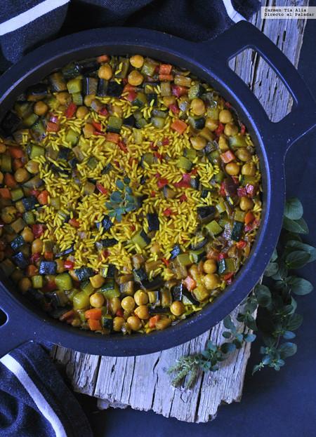 Arroz especiado con verduras y garbanzos