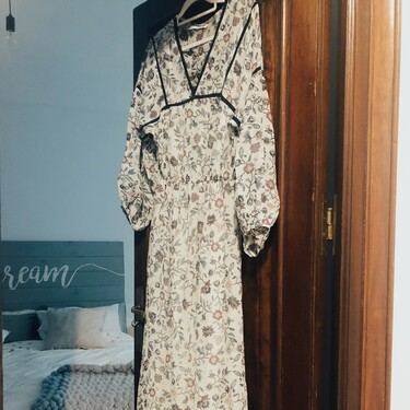 Lo probamos antes de que lo compres: así queda el vestido de flores más bonito de esta primavera de Amazon find