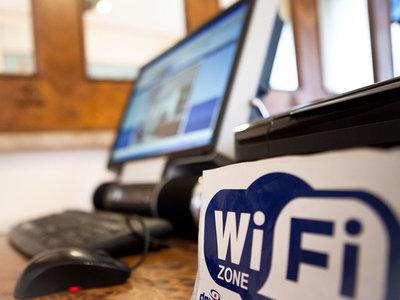 El exploit detrás de WannaCry ahora está siendo usado para robar datos a través de redes WiFi de hoteles en Europa